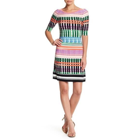 d35abb1f627 Eliza J Dresses & Skirts - Eliza J graphic print Jersey Shift Dress